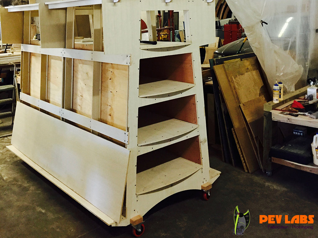 More About Center Shelving in Plywood Rack